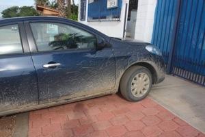 Fango sulla Nissan